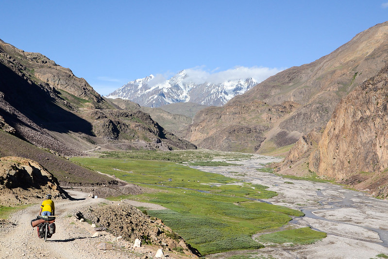 bicycle touring in Spiti Valley