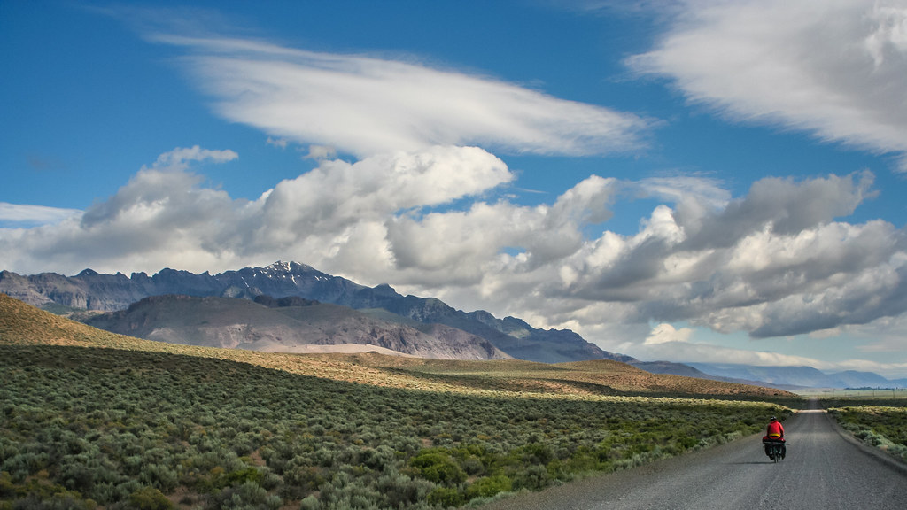 Bicycle touring Steens Mountain Route Oregon